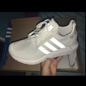 Adidas Original Swift Run's Size 7 Women